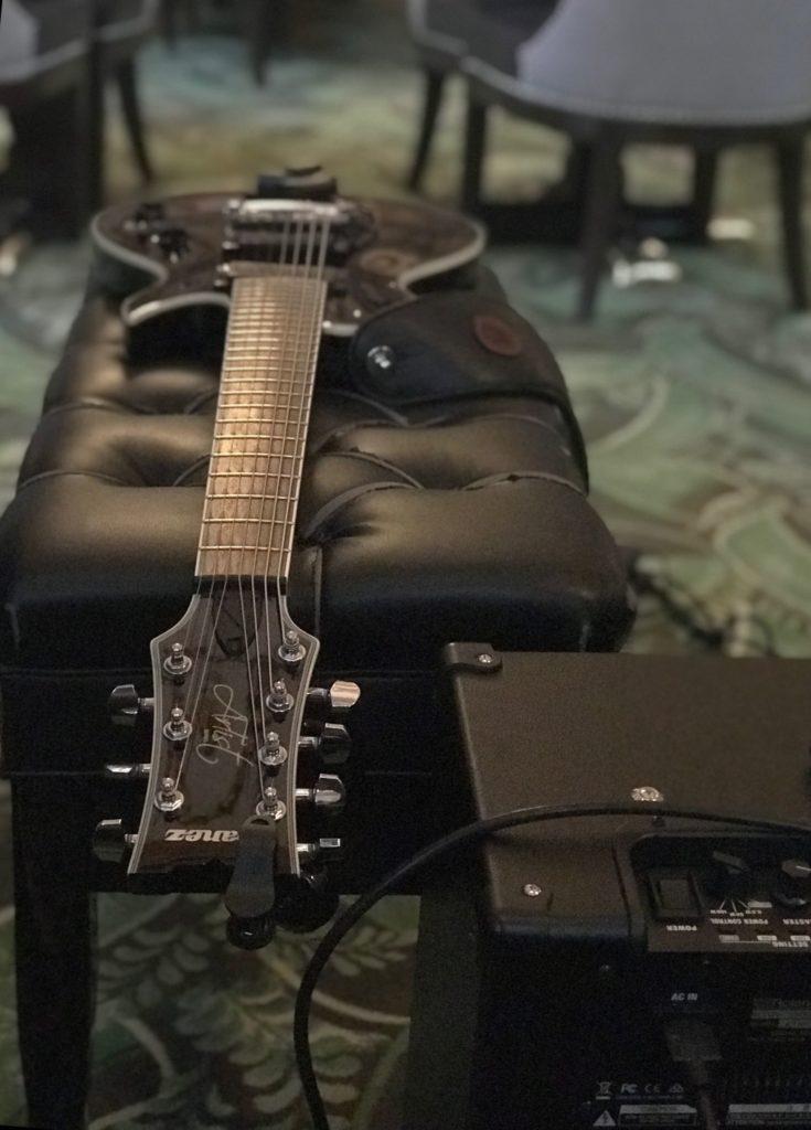 7 string solo guitar